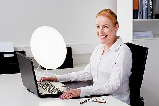 Dagsljuslampa på kontoret