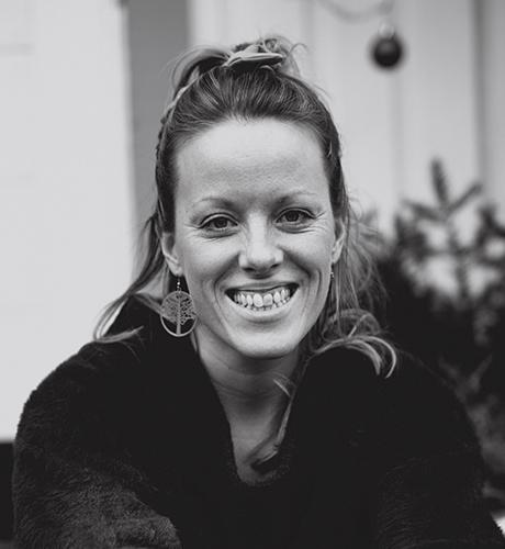 Porträtt av fotograf Anna Johnsson
