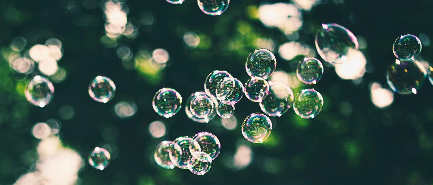 Image ID: plap1002m740795. Bubbles.