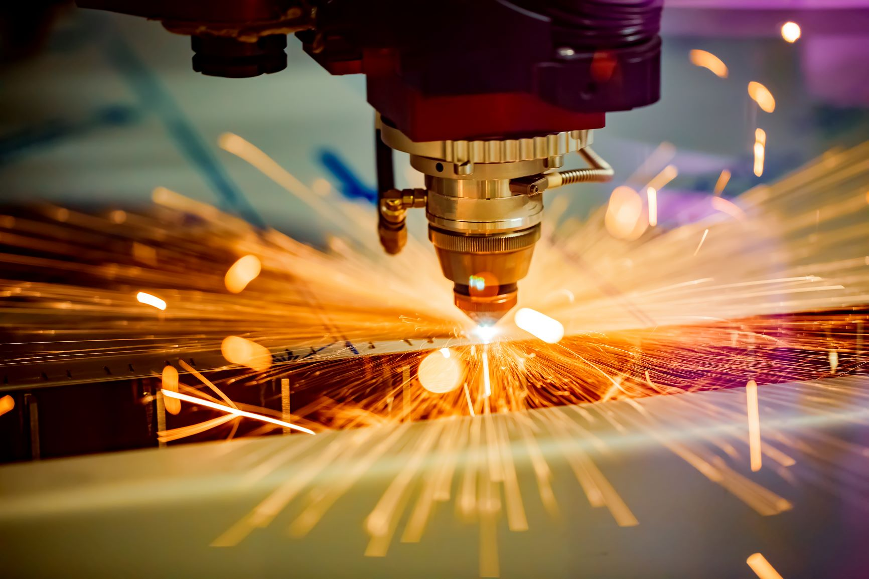 Benefits and industrial manufacturing with laser technology